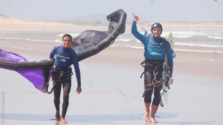 Découvrez le spot d'Essaouira au Maroc pour des sessions kite avec moniteurs