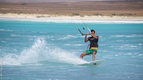 Stage découverte du kitesurf à Boa Vista au Cap Vert