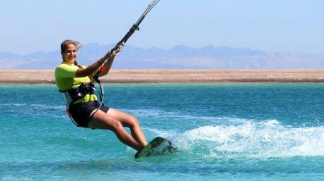 Des sessions de kitesurf uniques à Dahab en Egypte
