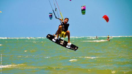 Stage de kite avec cours semi-privé pour 4 personnes à Pontal de Maceio au Brésil
