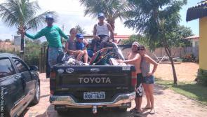 en voiture pour une belle session de kite au brésil
