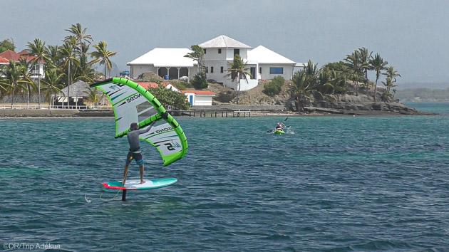 Naviguez sur les plus belles plages de la Martinique en wingfoil