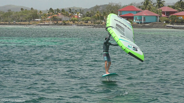 Vos vacances sur un catamaran dans les Caraïbes pour découvrir le wingfoil