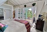 Vous logez dans un très beau bungalow avec jacuzzi - voyages adékua