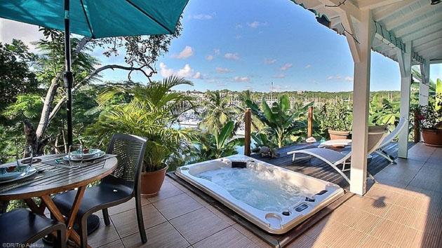 Un bungalow de rêve pour savourer les moments de détente entre deux sessions wing