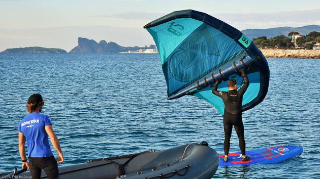 Votre stage de wingfoil dans la baie de Marseille entre La Ciotat et Saint Cyr