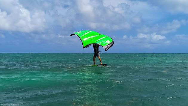 Des vacances de rêve en Martinique pour découvrir le wingfoil